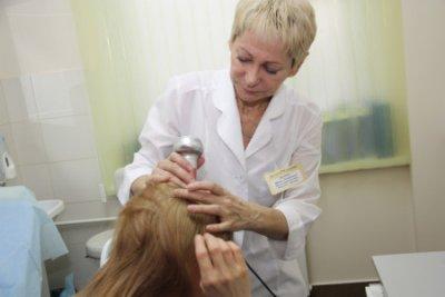 Самые эффективные способы лечения сухой себореи кожи головы