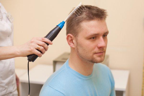 Выпадение волос при чувствительной кожи головы