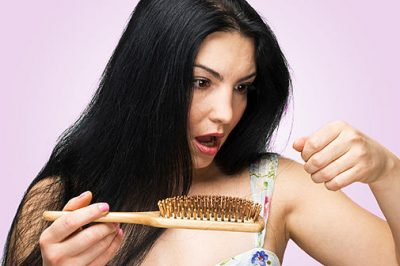 Причины выпадения волос у подростков