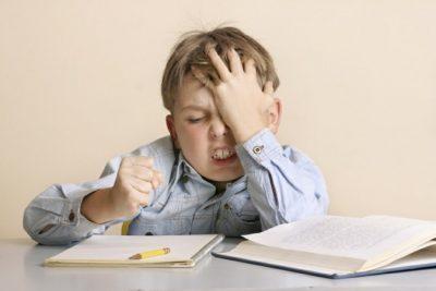 Почему выпадают волосы на голове у ребенка в 4 года что это