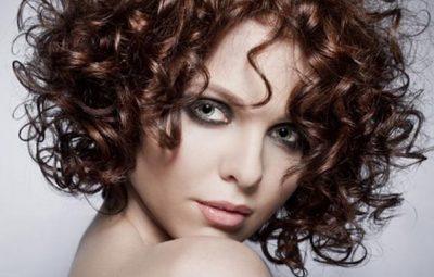 Как закрутить волосы без бигуди на ночь