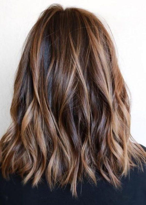 Мелирование на окрашенные волосы