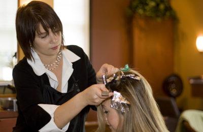 Мелирование на грязные или чистые волосы