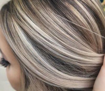 Коричневое мелирование на белых волосах