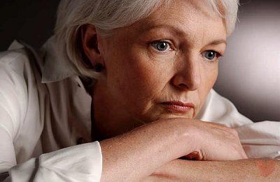 Причины выпадения волос у женщин после 50 лет