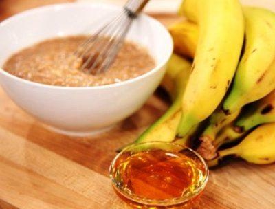 С бананом